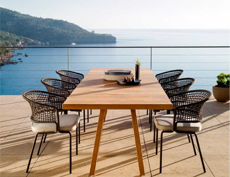 How to Maintenance Outdoor Furniture