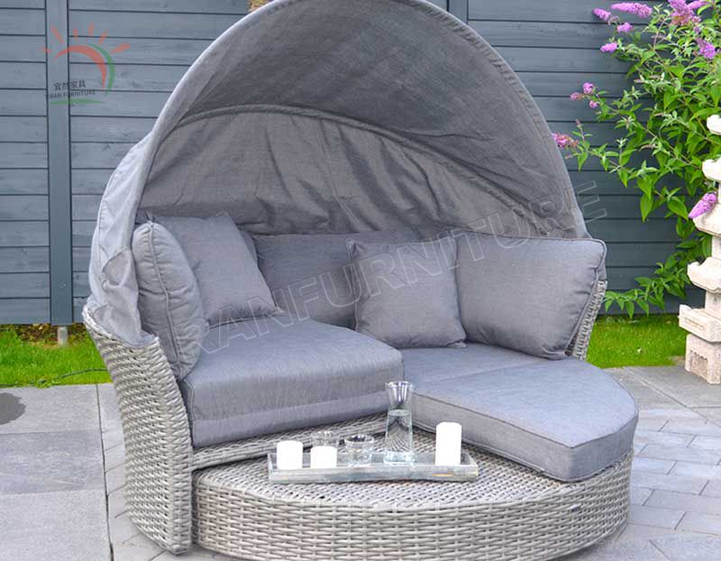 New Arrival Modernl Beach Al-Weather Wicker Round Daybed