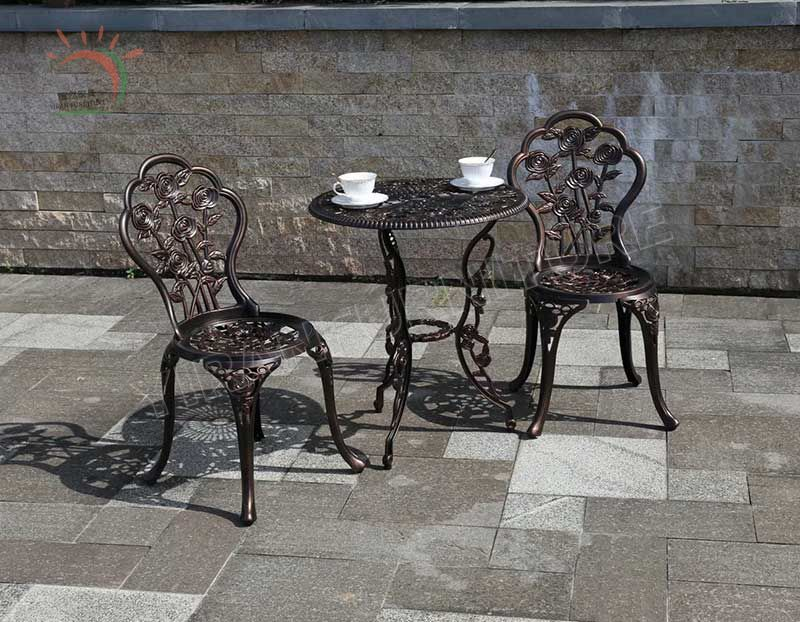 Outdoor Swivel Chair and Table Set Cast Aluminium Garden Furniture