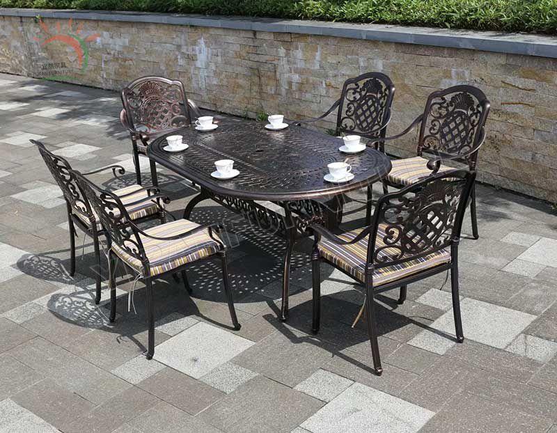 Modern Patio Table and Chair Cast Aluminum Garden Set for Restaurant